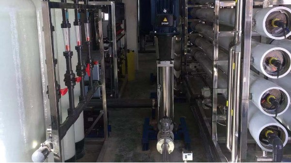 表面处理用纯水设备加阻垢剂的具体步骤
