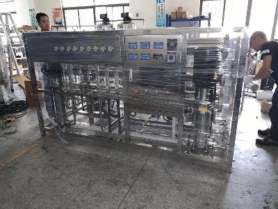 定制0.5-10吨医用纯化水设备