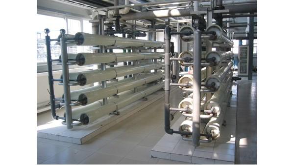 小型反渗透纯水设备的水垢解决方案