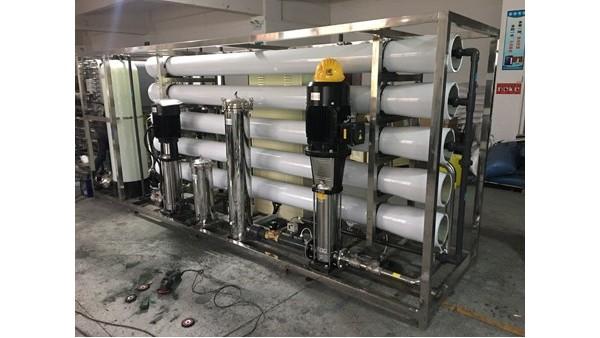 超纯水设备施工安装要注意什么