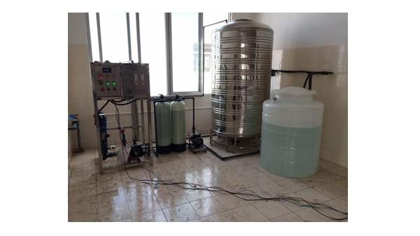 纯化水设备储水罐